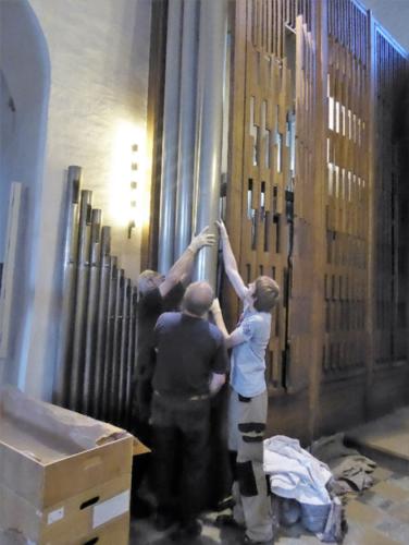 Abbau der alten Orgel